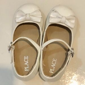 Place White Dress Shoe Girl Toddler 8 Bowtie